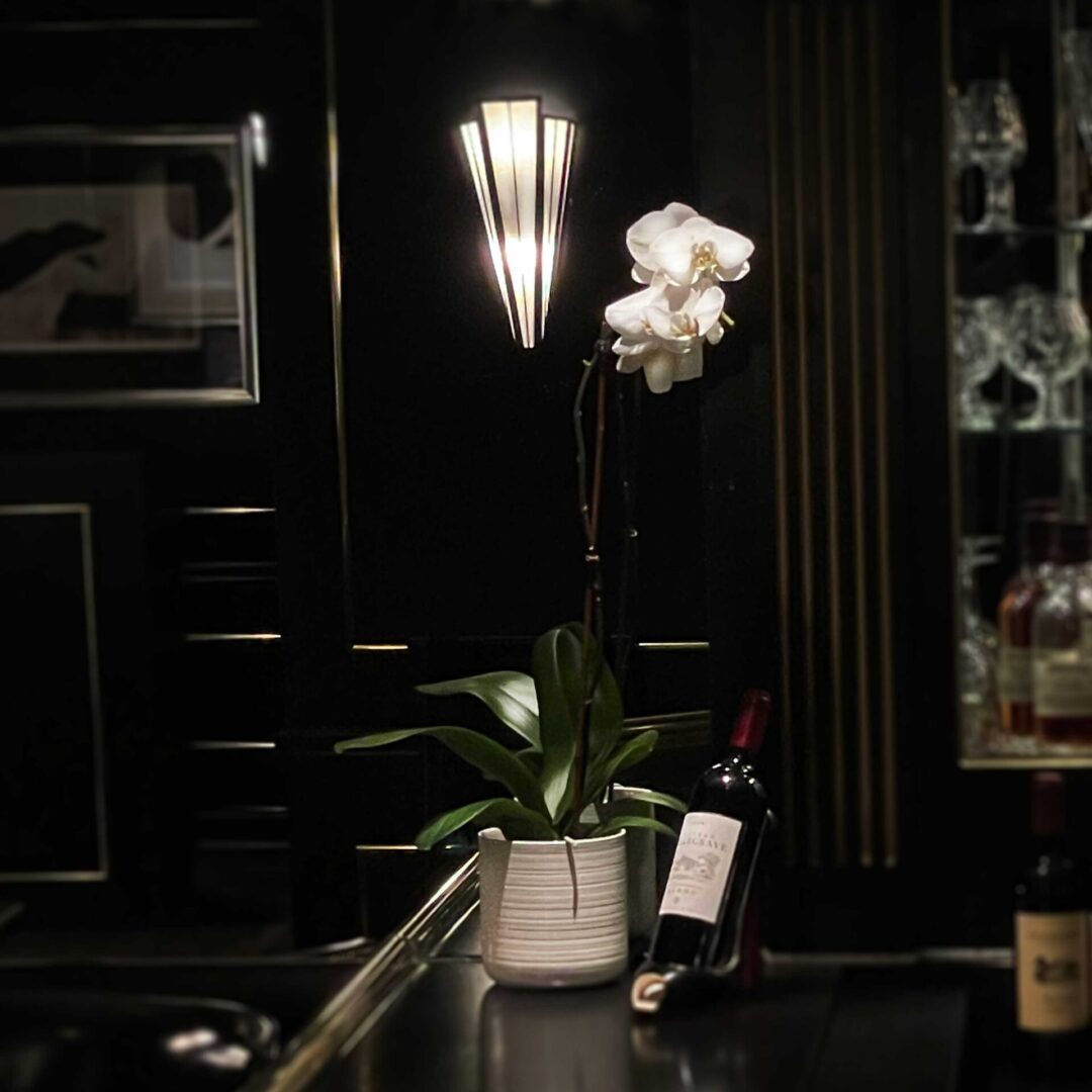 bar-sconce-orchid